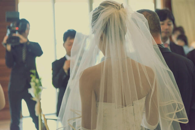 芸能人結婚式