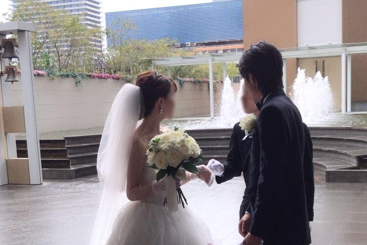 ヒルトン大阪の結婚式費用